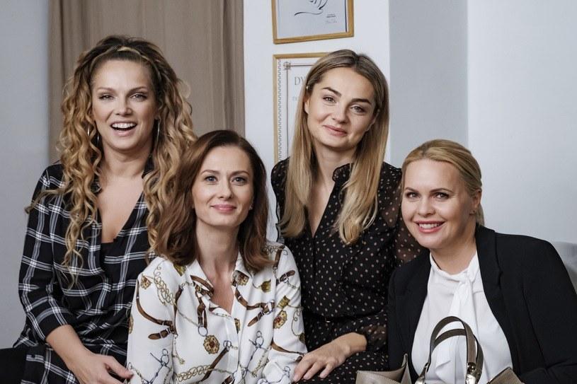 """Dobre wiadomości dla fanów """"Przyjaciółek"""". Polsat potwierdza, że jesienią zostanie wyemitowany szesnasty sezon tego serialu."""