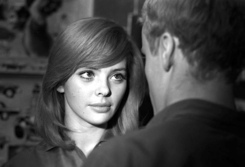 """""""Miała wspaniałe długie rzęsy, zadarty nosek i gibkie, jędrne ciało"""" - pisał w autobiografii Roman Polański. Gdyby żyła, to w poniedziałek, 1 czerwca, 80. urodziny obchodziłaby pierwsza żona reżysera, znana aktorka Barbara Kwiatkowska-Lass."""