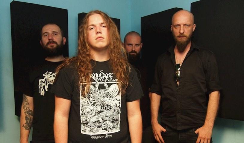 Oldskulowi deathmetalowcy z tarnowskiego Kultu Mogił opublikują na początku czerwca drugi album.