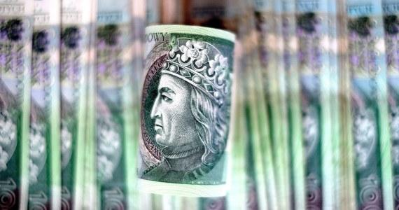 Rada Polityki Pieniężnej niespodziewanie po raz kolejny obniżyła stopy procentowe, w tym stopę referencyjną do rekordowo niskiego poziomu 0,1 proc. Większość ekonomistów jest tym zaskoczona.