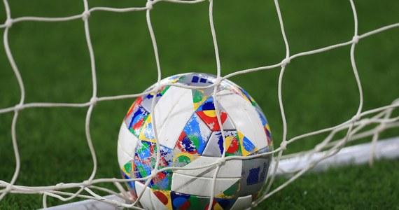 Premier Mateusz Morawiecki poinformował, że od 19 czerwca mecze piłkarskie będą mogły się odbywać z udziałem kibiców. Zajęta ma być maksymalnie jedna czwarta miejsc na trybunach.
