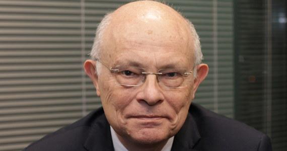 """""""Te nieodbyte wybory 10 maja wprowadziły nas w stan pozaprawny, pozakonstytucyjny. Konstytucja, a byłem jednym ze współautorów tej konstytucji, nie przewiduje w ogóle takiej sytuacji, że ogłoszone wybory się nie odbędą"""" - mówił w Popołudniowej rozmowie w RMF FM senator Koalicji Obywatelskiej Marek Borowski."""