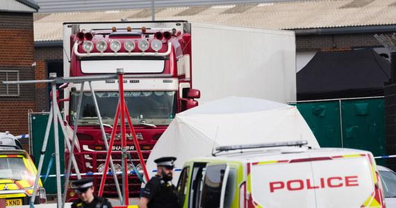 W Niemczech został aresztowany mężczyzna, podejrzany o zorganizowanie siatki, która przemyciła do Wielkiej Brytanii wietnamskich nielegalnych migrantów. Ciała 39 migrantów znaleziono w ciężarówce w Wielkiej Brytanii w październiku zeszłego roku.