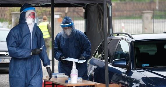178 nowych przypadków koronawirusa odnotowano dziś w Śląskiem. Poza tym województwem są 43 nowe zakażenia. Górnicy stanowią niespełna 48 proc. spośród blisko 8,1 tys. wszystkich osób zakażonych w woj. śląskim.