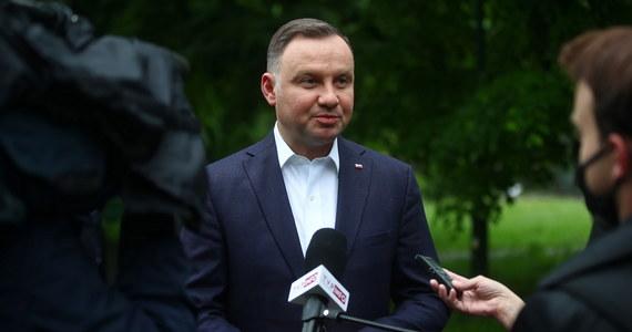 Termin i przebieg przygotowań do wyborów prezydenckich zdominuje debatę polityczną w przyszłym tygodniu przewiduje reporter RMF FM. W przyszłym tygodniu ustawą o organizacji wyborów ma zająć się Sejm i Senat. Czekamy na ogłoszenie daty głosowania.