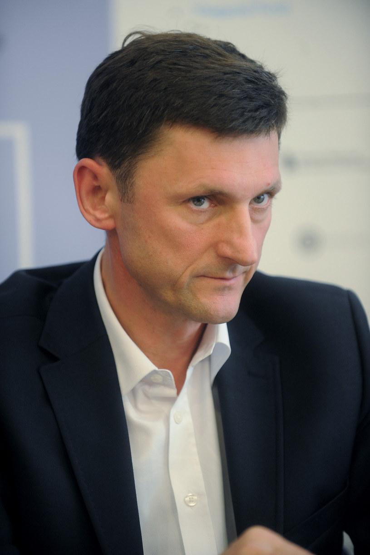 Były sekretarz generalny Platformy Obywatelskiej i były wiceminister kultury Andrzej Wyrobiec został nowym dyrektorem Teatru Bagatela w Krakowie - podało we wtorek miasto. Stanowisko dyrektora artystycznego obejmie Krzysztof Materna.