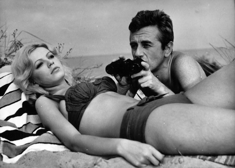 Była polską Brigitte Bardot. Mężczyźni się w niej kochali, a kobiety zazdrościły jej seksapilu. Nieprzeciętna uroda i aktorski talent otworzyły przed Ireną Karel drzwi, a do świata filmu, teatru i telewizji.