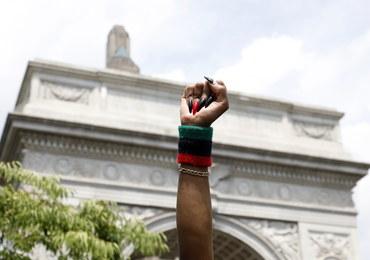 Pokojowe protesty w Nowym Jorku. Zniesiono godzinę policyjną