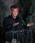 Sean Penn przyznaje, że bywa trudny we współpracy