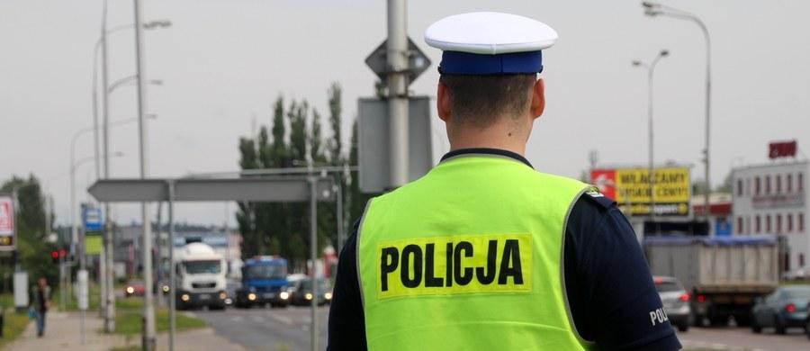 Policja przedstawiła statystyki dotyczące wypadków drogowych w długi weekend. Od środy do niedzieli było ich 336. Na polskich drogach zginęły 24 osoby.