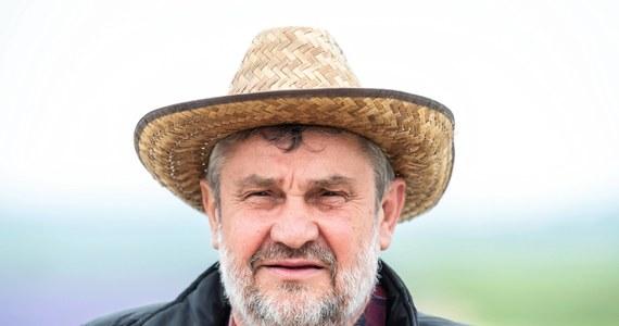 """""""Być może — nie w krótkiej perspektywie, ale nieco dłuższej, polskie rolnictwo wyjdzie z epidemii koronawirusa wzmocnione"""" - ocenił w Kruszwicy minister rolnictwa Jan Krzysztof Ardanowski. """"Zapotrzebowania na najwyższej jakości polską żywność jest na świecie i musimy umiejętnie to wykorzystywać"""" - dodał."""