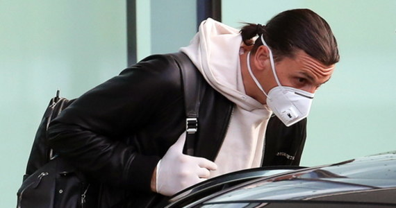 Zlatan Ibrahimovic w niedzielę w Sztokholmie złamał przepisy epidemiologiczne wchodząc - wbrew zakazowi - do szatni gospodarzy po meczu ligowym Hammarby IF z Oestersund FK (2:0). Klub i piłkarz AC Milan zostali zgłoszeni do władz ligi (SEF), które zapowiedziały wyciągnięcie konsekwencji.