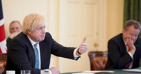 Premier Wielkiej Brytanii Boris Johnson przekazał w poniedziałek podczas wideokonferencji przewodniczącym instytucji Unii Europejskiej, że Londyn nie będzie wnioskował o przedłużenie okresu przejściowego po brexicie.