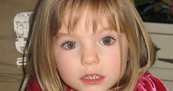 Niemiecka prokuratura wysłała oficjalne pismo do rodziców Madeleine McCann, informujące, że ich córka nie żyje. Trzyletnia Brytyjka została porwana podczas rodzinnych wakacji w Portugalii 13 lat temu.