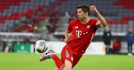 """Piłkarz reprezentacji Polski i Bayernu Monachium Robert Lewandowski uważa, że najlepsze chwile jego kariery są jeszcze przed nim. """"Jestem przekonany, że nadejdą już niebawem"""" - powiedział 31-letni napastnik na łamach """"France Football""""."""