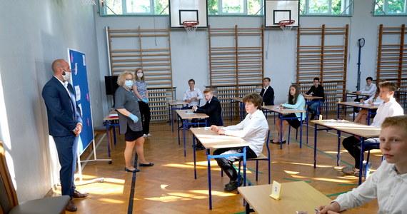 Egzamin ósmoklasisty z matematyki. Arkusze CKE i rozwiązania - RMF 24
