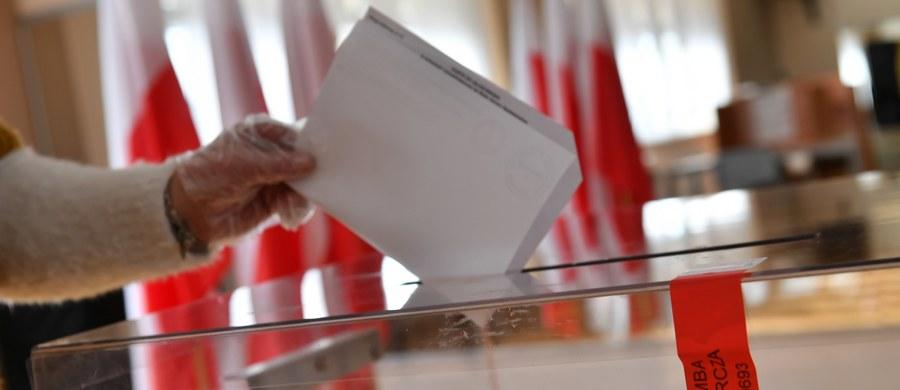 """Polacy mieszkający w Belgii są zaniepokojeni sposobem organizacji wyborów prezydenckich. Część z nich wciąż nie dostała pakietów wyborczych. """"Wszyscy powinni mieć karty do głosowania jutro"""" – zapewnił konsul Jacek Grabowski w rozmowie z korespondentką RMF FM Katarzyną Szymańską-Borginon."""