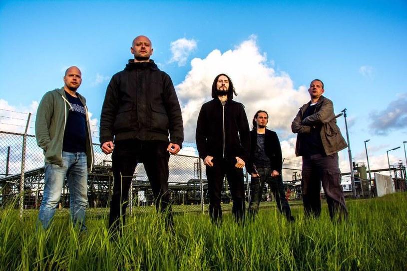 Grupa Night In Gales z Niemiec zarejestrowała siódmy album.