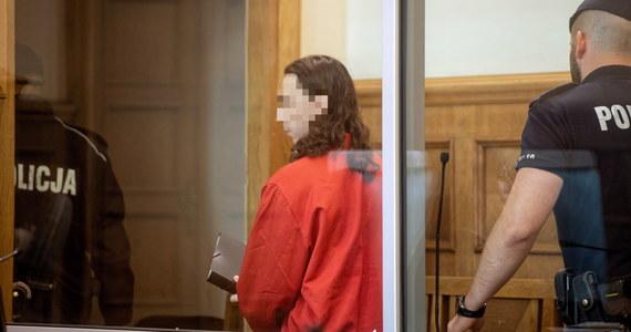 W Sądzie Okręgowym w Radomiu rozpoczął się proces 28-letniego Dawida Ł., oskarżonego o przygotowywanie działań o charakterze terrorystycznym. Wcześniej mężczyzna został już skazany za udział w związku o charakterze zbrojnym w Syrii.