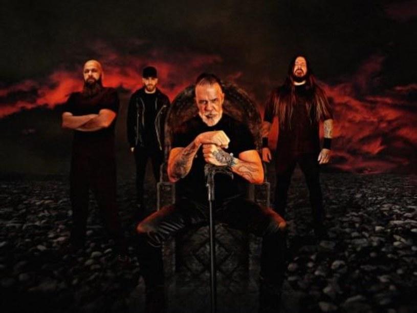 """Jairo """"Tormentor"""" Guedz, niegdysiejszy gitarzysta Sepultury, powołał do życia zespół The Troops Of Doom."""