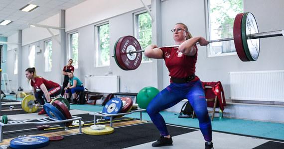 Reprezentantki Polski w podnoszeniu ciężarów przygotowują się w Centralnym Ośrodku Sportu w Cetniewie do mistrzostw Europy, które są zaplanowane na przełom października i listopada w Moskwie. To będzie decydująca impreza w kontekście walki o olimpijskie kwalifikacje do przyszłorocznych igrzysk w Tokio.