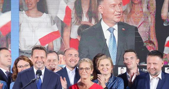 Wielu wyborców Krzysztofa Bosaka prezentuje podobne wartości gospodarcze co Rafał Trzaskowski - do nich będziemy się odwoływać. W kwestii praw człowieka będziemy zbierać poparcie wśród wyborców Szymona Hołowni i Roberta Biedronia - powiedziały posłanki Nowoczesnej i Inicjatywy Polska.