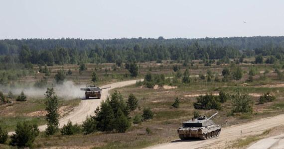 """Państwa NATO ostatecznie dały zielone światło dla nowych planów obronnych Polski i państw bałtyckich. """"Decyzja zapadła już w grudniu podczas szczytu w Londynie, jednak teraz ostatecznie udało się rozwiązać wszelkie kwestie techniczne"""" - powiedziało we wtorek źródło dyplomatyczne w Sojuszu."""