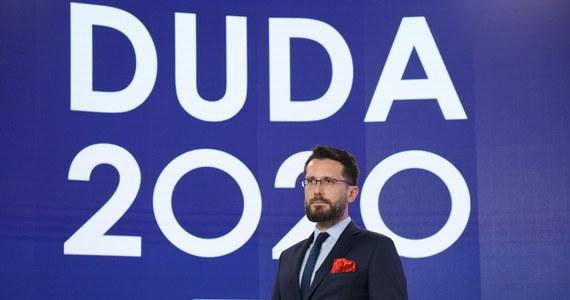 Wybory 2020: Debata prezydencka. Wicerzecznik PiS tłumaczy nieobecność Dudy - Fakty w INTERIA.PL