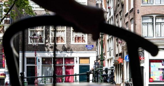 W Holandii działalność wznowili pracownicy seksualni. Obowiązują ich jednak zalecenia związane z pandemią koronawirusa.