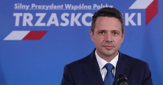 """Kandydat KO na prezydenta Rafał Trzaskowski powiedział, że w rozmowie z byłym prezydentem USA Barackiem Obamą potwierdził pełną kontynuację polityki prowadzonej przez poprzednie rządy w kwestii bezpieczeństwa i relacji z USA. """"Jest to kwestia racji polskiej stanu"""" - zaznaczył."""