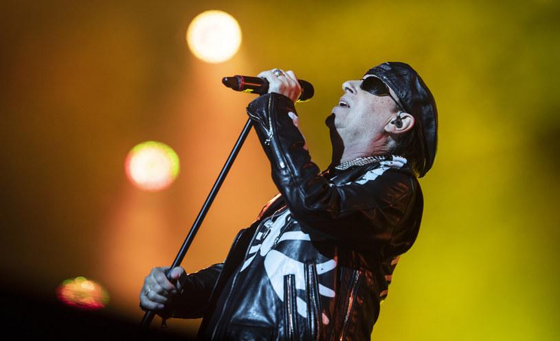 """Choć Klaus Meine cały czas uważa, że takie ballady Scorpionsów, jak """"Still Loving You"""" czy """"Wind Of Change"""" to idealne """"pościelówki"""", czyli kawałki to tańczenia w przytuleniu, to uznał, że najwyższy czas oderwać się od przeszłości."""