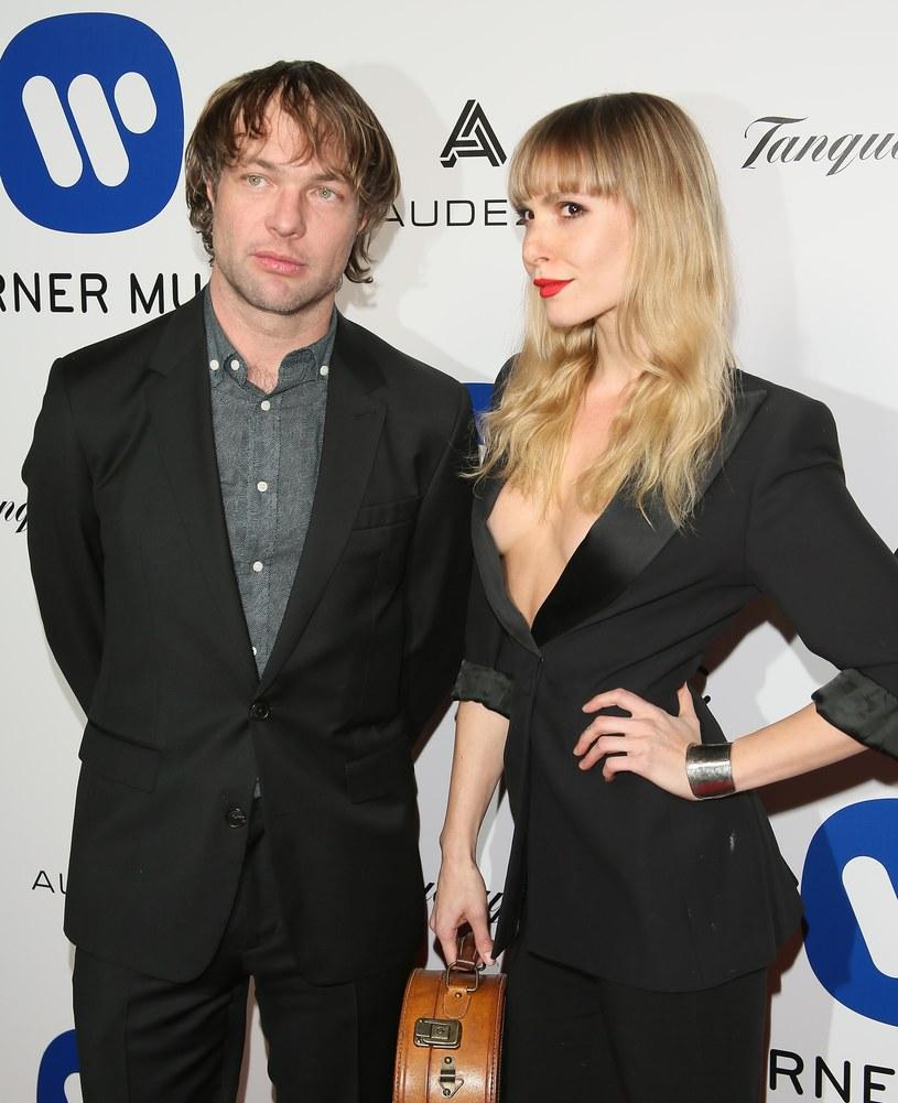 Mickey Madden, basista i współzałożyciel grupy Maroon 5, został aresztowany pod zarzutem przemocy domowej, której miał dopuścić się wobec obecnej partnerki.