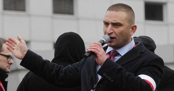 Każdy polski patriota powinien wiedzieć, że na kandydata KO Rafała Trzaskowskiego nie można głosować. To jest wojna cywilizacyjna i nie można go popierać - mówił prezes Stowarzyszenia Marsz Niepodległości Robert Bąkiewicz.
