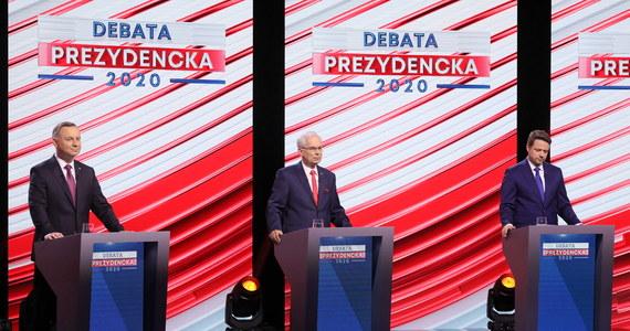Rafałowi Trzaskowskiemu brakuje odwagi, żeby stanąć do debaty TVP w Końskich. W zamian proponuje coś absurdalnego - debatę organizowaną w Lesznie przez jego własny sztab - trudno taką propozycję traktować poważnie - ocenił zastępca rzecznika PiS, członek sztabu Andrzeja Dudy, Radosław Fogiel.