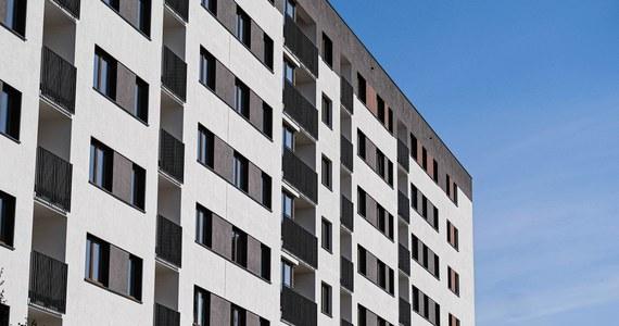 W pierwszym kwartale 2020 roku ceny mieszkań w porównaniu do czwartego kwartału 2019 roku były wyższe o 3,6 proc. - poinformował GUS. W porównaniu z kolei do pierwszego kwartału ubiegłego roku mieszkania były droższe o 11,3 proc.