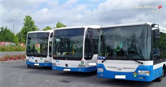 Amfetaminę wykryto w organizmie kierowcy autobusu miejskiego w Rybniku. Policja zatrzymała mu prawo jazdy.