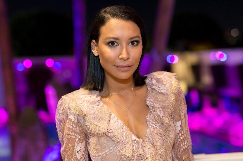 """Fani i przyjaciele gwiazdy serialu """"Glee"""" Nai Rivery, która zaginęła w środę, 8 lipca, na jeziorze Piru, nie tracą nadziei na to, że aktorka odnajdzie się cała i zdrowa. Trwające przez cały czwartek poszukiwania aktorki nie przyniosły jednak żadnego skutku, a władze i policja już uznały Riverę za zmarłą."""