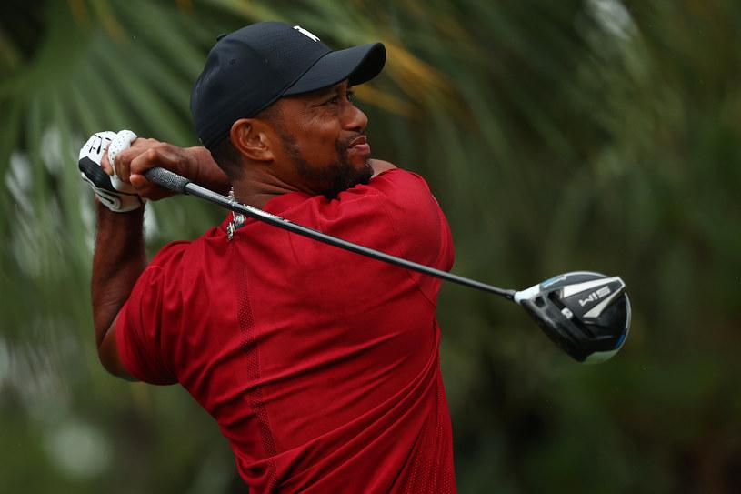 """Poświęcony Michaelowi Jordanowi i drużynie Chicago Bulls serial """"Ostatni taniec"""" okazał się ogromnym sukcesem stacji ESPN i platformy Netflix, gdzie można było go zobaczyć. Pokazał też, że jest ogromne zainteresowanie dokumentami sportowymi. Nic więc dziwnego, że filmowcy chcą realizować kolejne produkcje o gwiazdach sportu. Jedną z nich będzie dwuczęściowy miniserial """"Tiger"""", którego bohaterem będzie golfista Tiger Woods."""