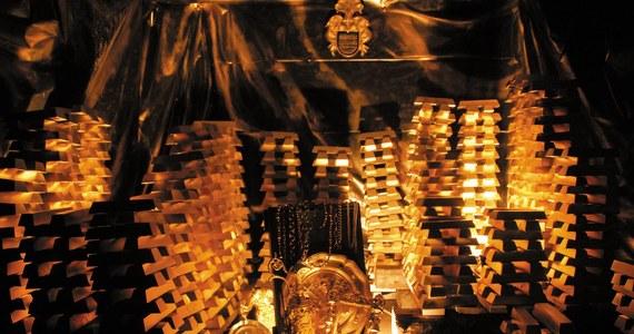 """""""Złoto ze Złotego Stoku na Dolnym Śląsku... pomogło w odkryciu Ameryki"""" - tak mówi Elżbieta Szumska, właścicielka dolnośląskiej kopalni. Setki lat temu jej poprzednicy mieli przekazać 15 kilogramów złotego kruszcu królowej Hiszpanii, w ramach finansowego wsparcia wyprawy Kolumba."""