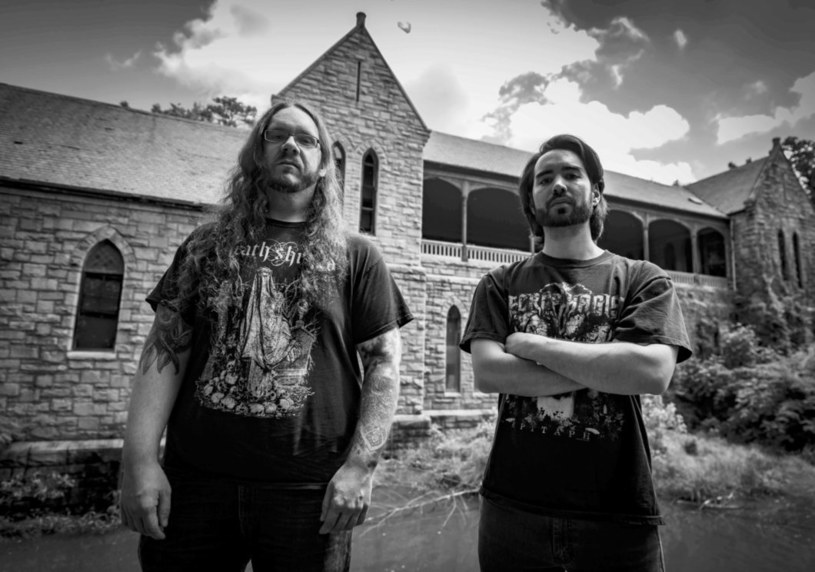 Duet Foretoken z USA podpisał umowę z Prosthetic Records.