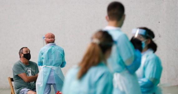 Naukowcy z Australii opracowali test, który może określić nową infekcję koronawirusem w ok. 20 minut przy użyciu próbek krwi, co - jak mówią – jest przełomem. W piątek na łamach fachowego pisma opublikowali artykuł w tej sprawie.