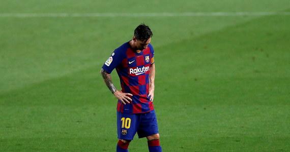 """Po porażce Barcelony z Osasuną Pampeluna 1:2 Leo Messi skrytykował postawę piłkarzy """"Dumy Katalonii"""". """"Jeśli chcemy walczyć o Ligę Mistrzów, musimy dużo zmienić. Powiedziałem już wcześniej, że z taką grą nie mamy szans na wygranie tych rozgrywek"""" – stwierdził kapitan drużyny."""