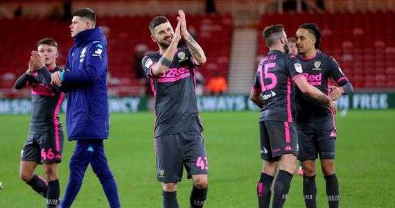 Bez wychodzenia na boisko drużyna Leeds United, której piłkarzem jest Mateusz Klich, zyskała gwarancję awansu do Premier League: wszystko za sprawą porażki wicelidera West Bromwich Albion. Ekipa Kamila Grosickiego przegrała na wyjeździe z Huddersfield Town.