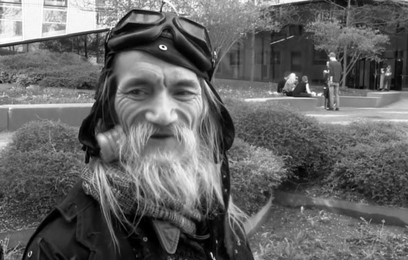 Jeden z najważniejszych przedstawicieli kanadyjskiej sceny punk rockowej i założyciel składu SNFU - Kenn Chinn, znany lepiej jako Mr. Chi Pig, zmarł w wieku 57 lat.