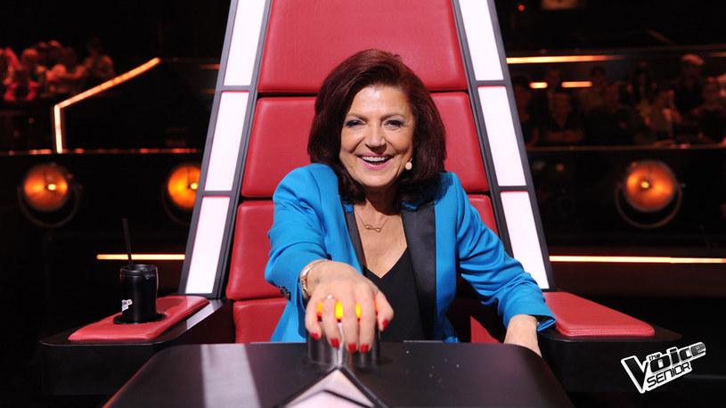"""Urszula Dudziak, która była jedną z trenerek w programie """"The Voice Senior"""", pożegnała się z produkcją TVP. Co teraz będzie robiła? Przechodzi do """"The Voice of Poland""""!"""