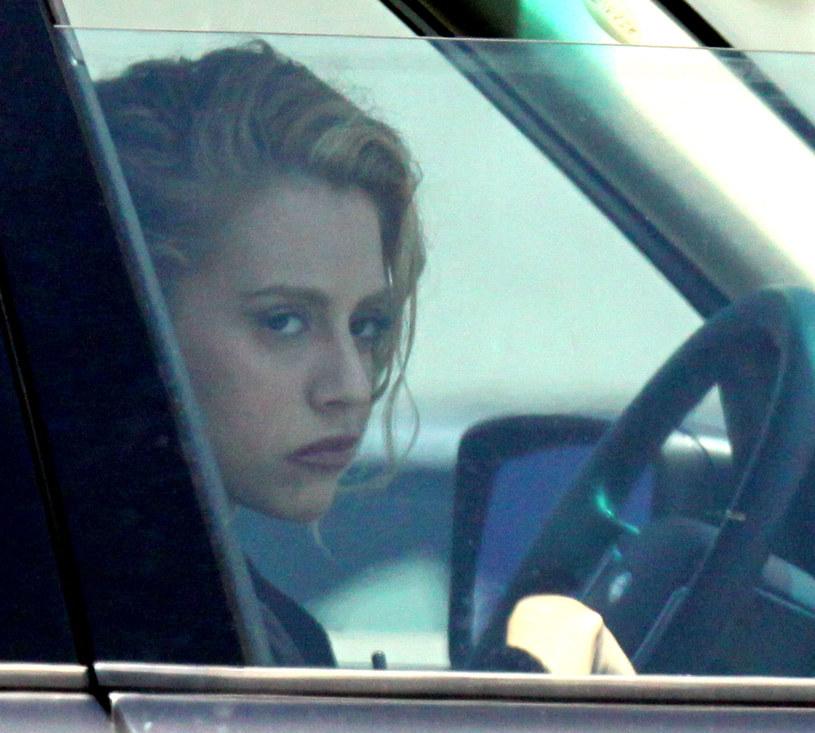 Choć od śmierci aktorki Brittany Murphy minęło już prawie 12 lat, to wciąż niejasne są okoliczności tego tragicznego wydarzenia. I - jak często bywa w takich przypadkach - pojawia się na ten temat wiele spekulacji i teorii spiskowych. Plotki na temat ostatnich dni życia aktorki może ukrócić nowy film dokumentalny, który będzie miał premierę 14 października na HBO Max. Rzuca on nowe światło na okoliczności śmierci gwiazdy.