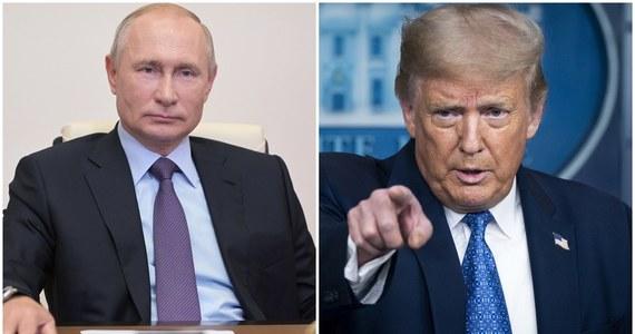 Prezydenci Rosji i USA Władimir Putin i Donald Trump omówili w czwartek telefonicznie kwestie stabilności strategicznej i kontroli zbrojeń oraz wskazali na aktualność konsultacji w tej sprawie - głosi komunikat Kremla.