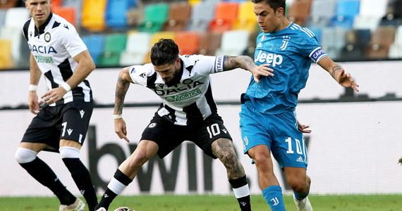 """Prowadzący w tabeli piłkarskiej ekstraklasy Włoch Juventus Turyn niespodziewanie przegrał na wyjeździe z Udinese 1:2 w 35. kolejce. To oznacza, że """"Stara Dama"""" nie jest jeszcze pewna dziewiątego z rzędu tytułu mistrzowskiego."""