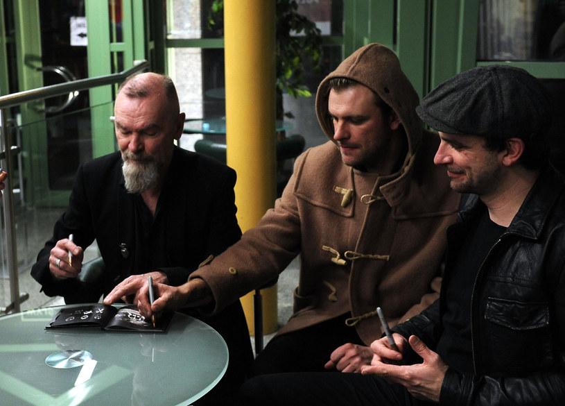 Po siedmiu latach przerwy pojawiły się pierwsze informacje o powrocie rodzinnej grupy Waglewski Fisz Emade, którą tworzy Wojciech Waglewski z Voo Voo ze swoimi synami.