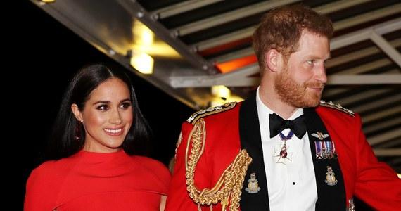 Książę Harry i księżna Meghan wracają na pierwsze strony gazet: mieszkająca obecnie w Stanach Zjednoczonych para wytoczyła właśnie grupie paparazzi sprawę sądową.